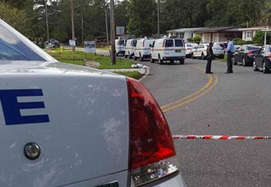 Resident surprises 2 burglars in Jacksonville